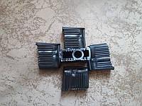 Заглушки под ролик для крестовины пластиковая