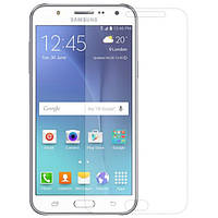 Защитное стекло с закругленными краями для Samsung Galaxy J5 (2015) SM-J500H