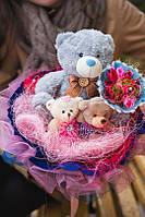 Букет для подарка девушке из мягких игрушек