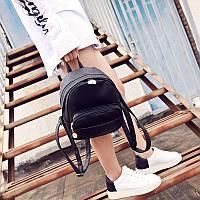Модный рюкзак из кожзама черный
