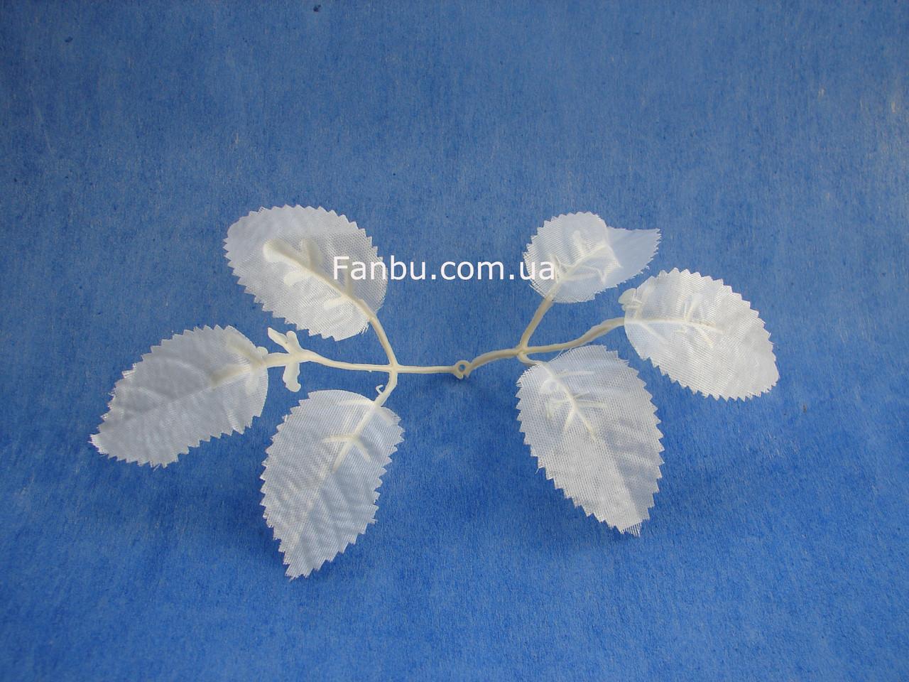 Искусственные белые листья розы, на 1 розетке 6 листочков, фото 1