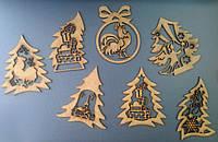 Декоративное новогоднее украшение