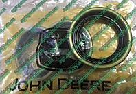 Сальник 32167 JD ступицы трансп. колеса John Deere  WHEEL HUB SEAL 32167