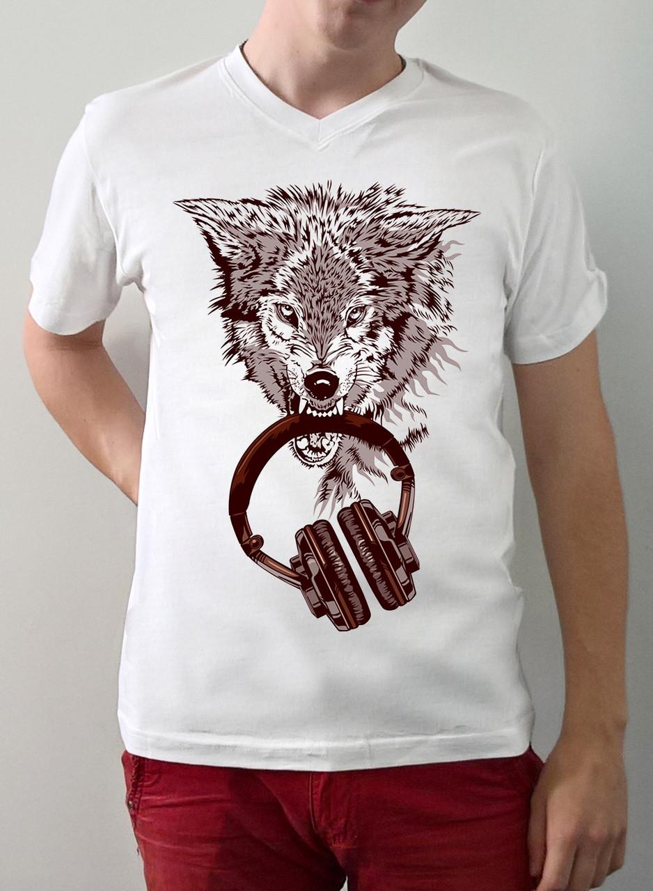 """Мужская футболка """"Волк с наушниками"""""""