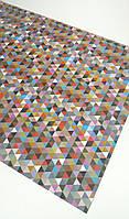 Подарочная бумага (упаковочная) для мужчин с разноцветными треугольниками