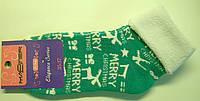 Новогодние женские теплые носки зеленого цвета