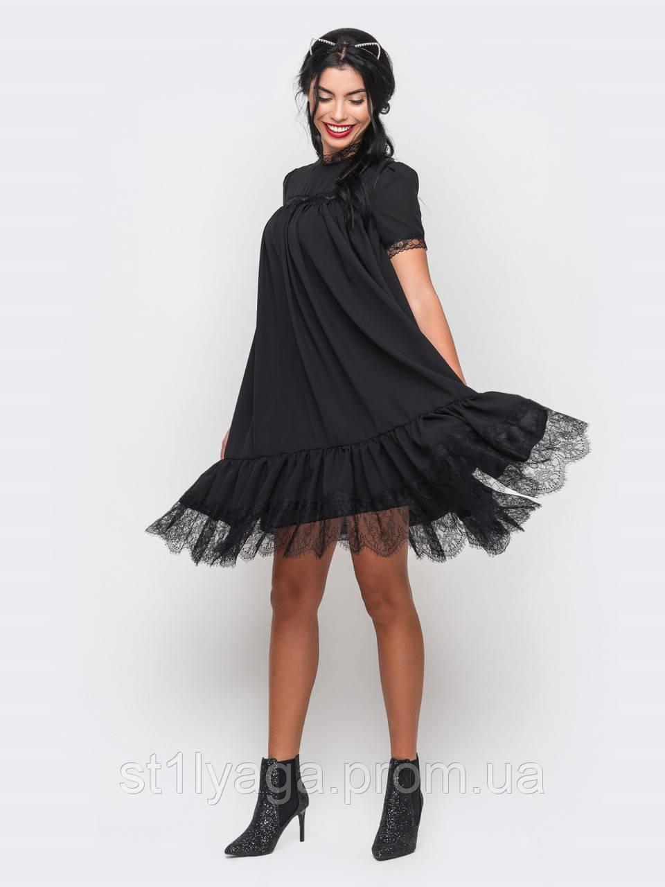 324a8023ffbd0bb Креп-шифоновое платье свободного кроя с кружевной отделкой в черном цвете