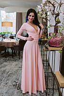 Шикарное однотонное платье в пол с длинным рукавом и откровенным декольте пудровое