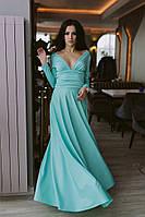 Шикарное однотонное платье в пол с длинным рукавом и откровенным декольте ментоловое