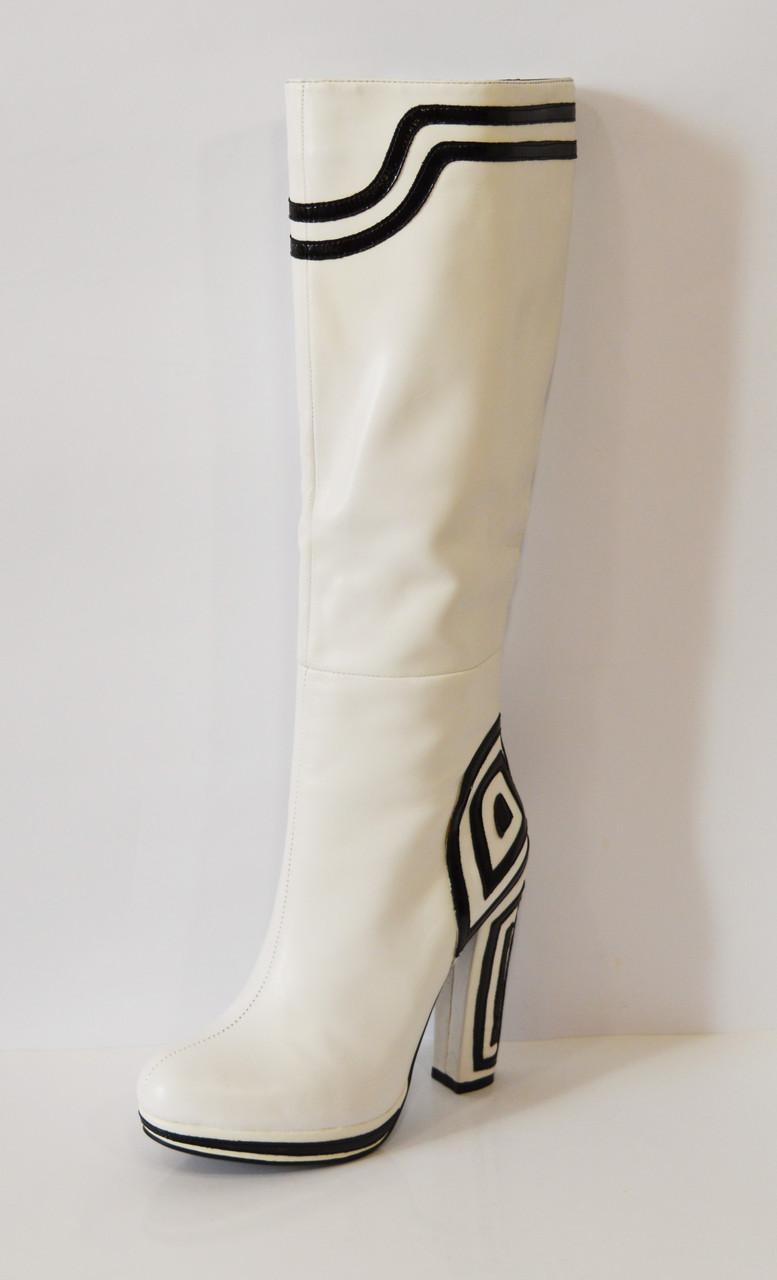 Женские белые сапоги Mallanee 938-136