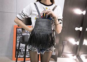 Вместительный городской рюкзак с заклепками и бахромой, фото 2