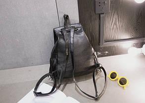 Вместительный городской рюкзак с заклепками и бахромой, фото 3