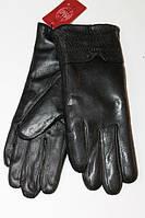 Женские кожаные перчатки с черным мехом
