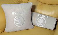 """Автомобильный плед в чехле с вышивкой логотипа """"Skoda """"NEW"""