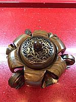Попільничка кругла з різьбленого дерева ручної роботи