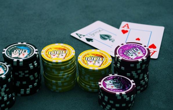 Покер, фішки для покеру