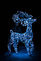 Олень новогодний, высота 240 см; гирлянда внешняя LED 500 лампочек