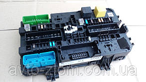 Блок предохранителей Opel Astra H, Zafira B задний. Модуль BSI.  13206762.
