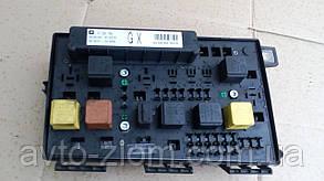 Блок предохранителей Opel Astra H, Zafira B. Модуль BSI.  13206750.
