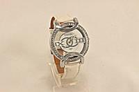 Женские часы CHANEL белые с камнями класические