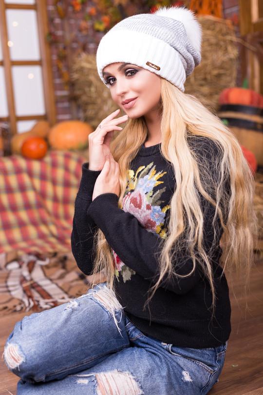 Зимняя женская шапка на флисе с натуральным помпоном