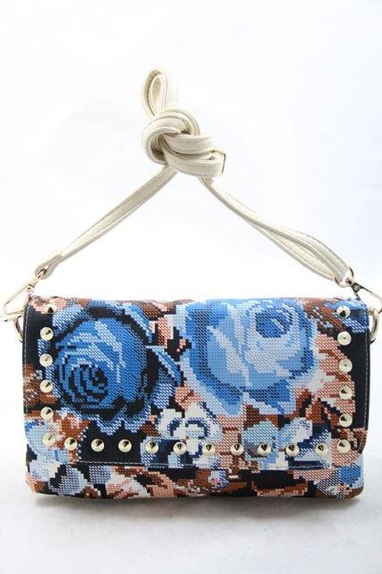 3750189f6ccd Сумка-клатч малая кожзам женская вышивка цветы Batty 1053 -  Интернет-магазин