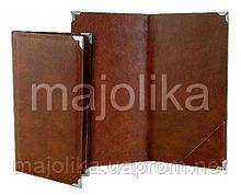 Папки з шкіри і палітурних матеріалів з куточками.