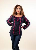Женская блузка с каймой из вышивки