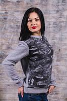 Модный женский свитшот серого цвета