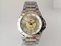 Часы  Q@Q  5Bar стильные на металлическом браслете