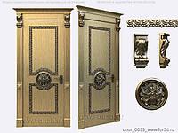 Дверь с резным деревянным декором