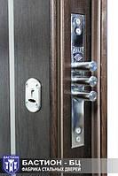 Компания «Бастион-БЦ» использует в производстве входных дверей замки Kale Kilit