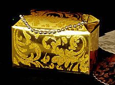 Подарочный коробок золотая с цепочкой подарочные коробки, фото 3