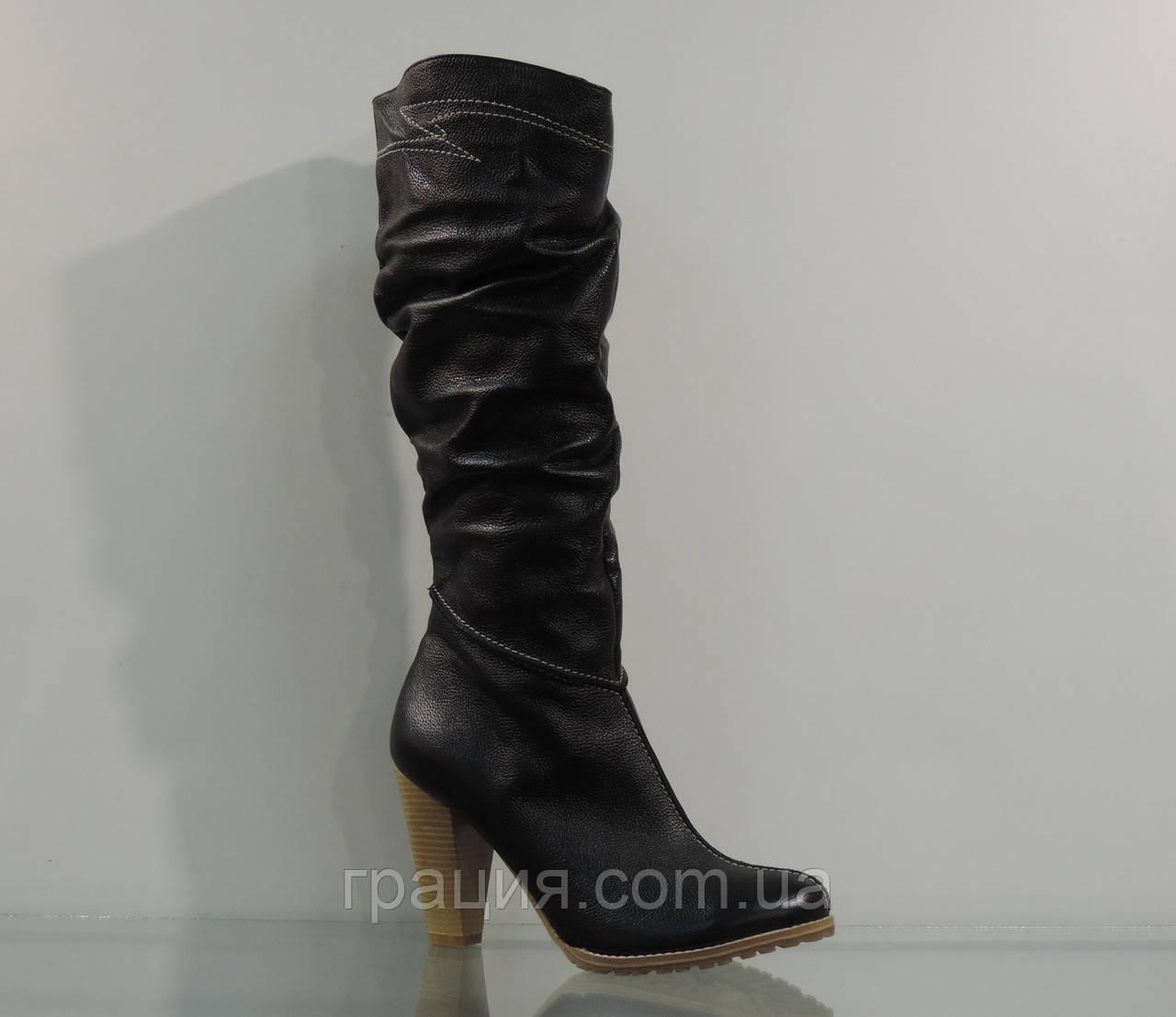 Зимові шкіряні чобітки на підборах