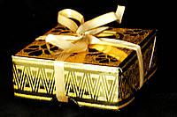 Упаковка подарочная c лентой золотая 02-G