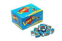 Блок жвачек Love is синий (банан-клубника), подарки на 14 февраля