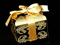 Упаковка подарочная расписная золотая