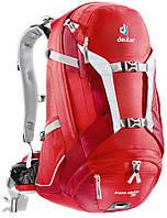 Красивый велосипедный рюкзак на 30 л. Trans Alpine 30 DEUTER 32223 5520, красный