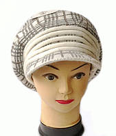 Берет с козырьком(кепка) женский вязаный Кира шерсть натуральная цвет белый