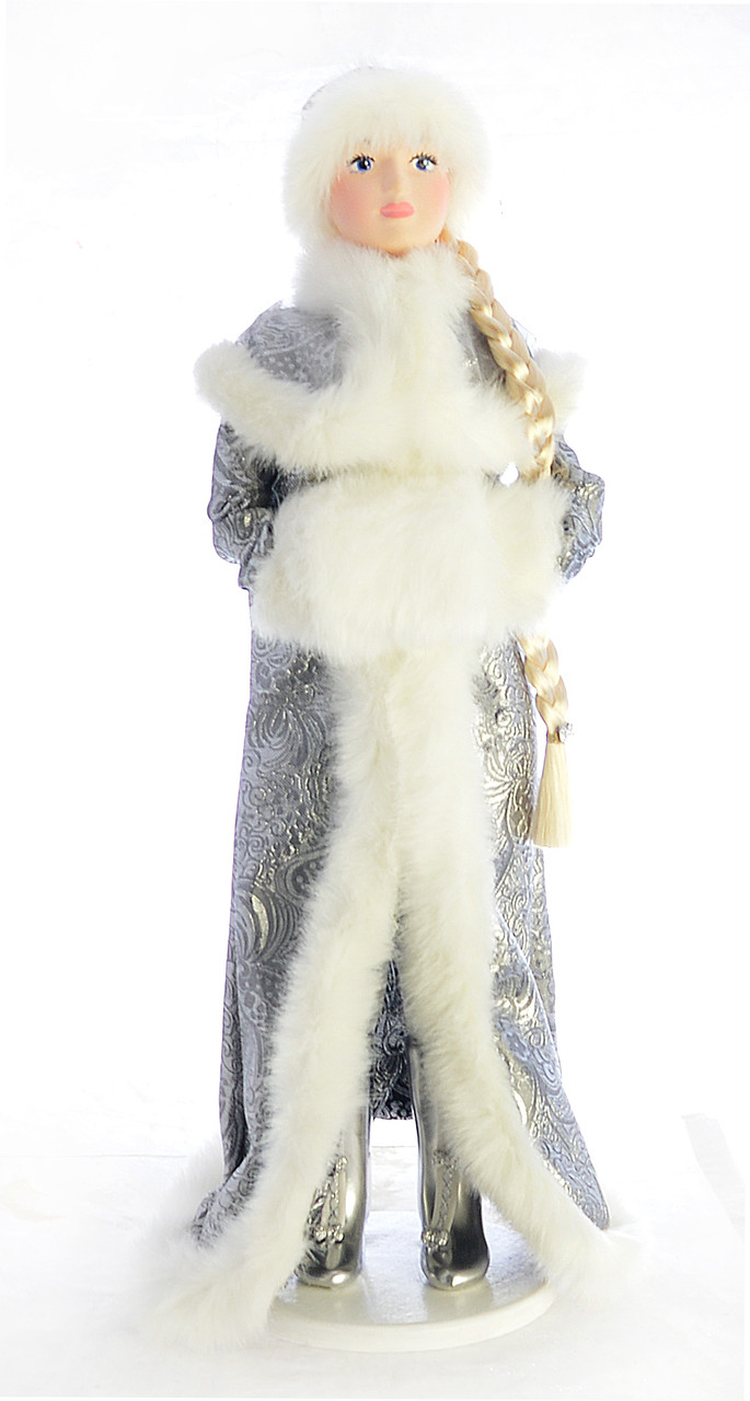 Снегурочка с муфтой 0552
