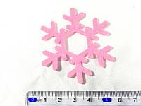 Нашивка снежинка малиновая 60 мм