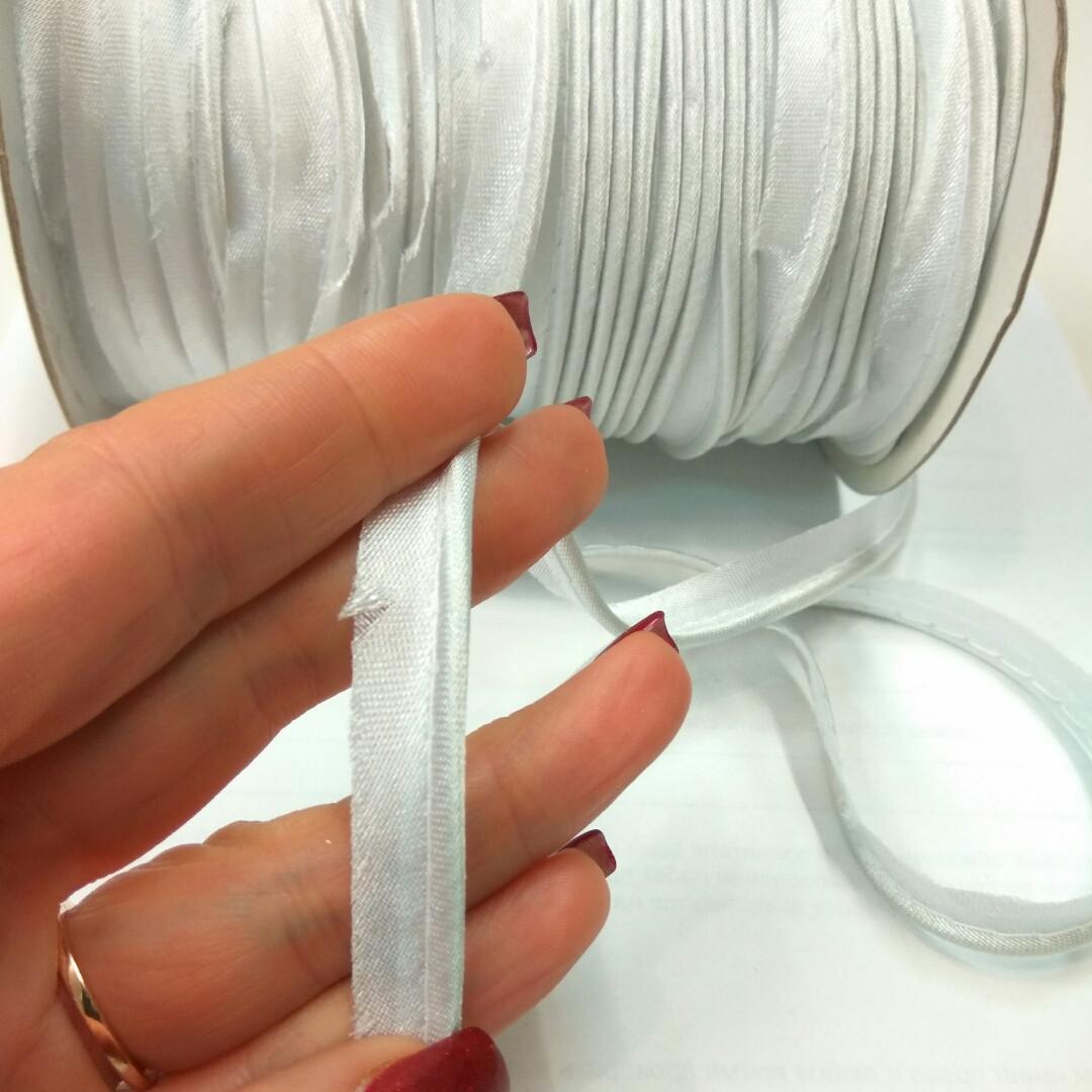 Білий атласний кант шир 1.3 см