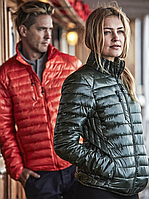 Современная женская куртка