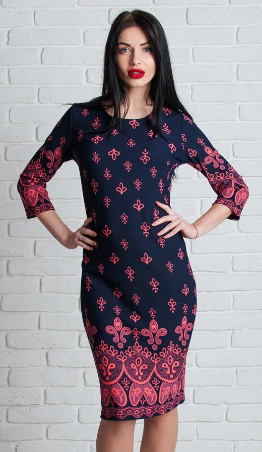 Нарядное платье с узором