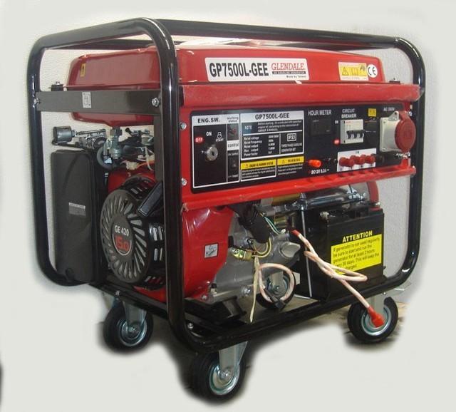 Трехфазный бензиновый генератор GLENDALE GP7500L-GEE/3 (7,0 кВт)