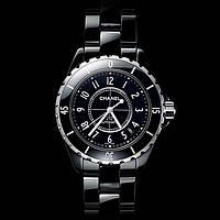 Элегантные часы Chanel