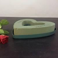Флористическая пена в форме сердца