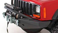 Силовой передний бампер на Jeep Cherokee XJ
