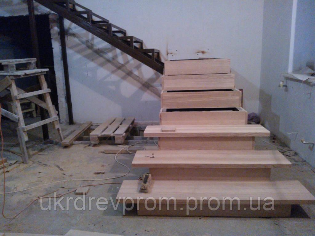 Установка деревянной лестницы - Укрдревпром  в Харькове