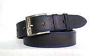 Джинсовый кожаный ремень 45мм черный прошитый двойной синей ниткой пряжка хромированная синие края